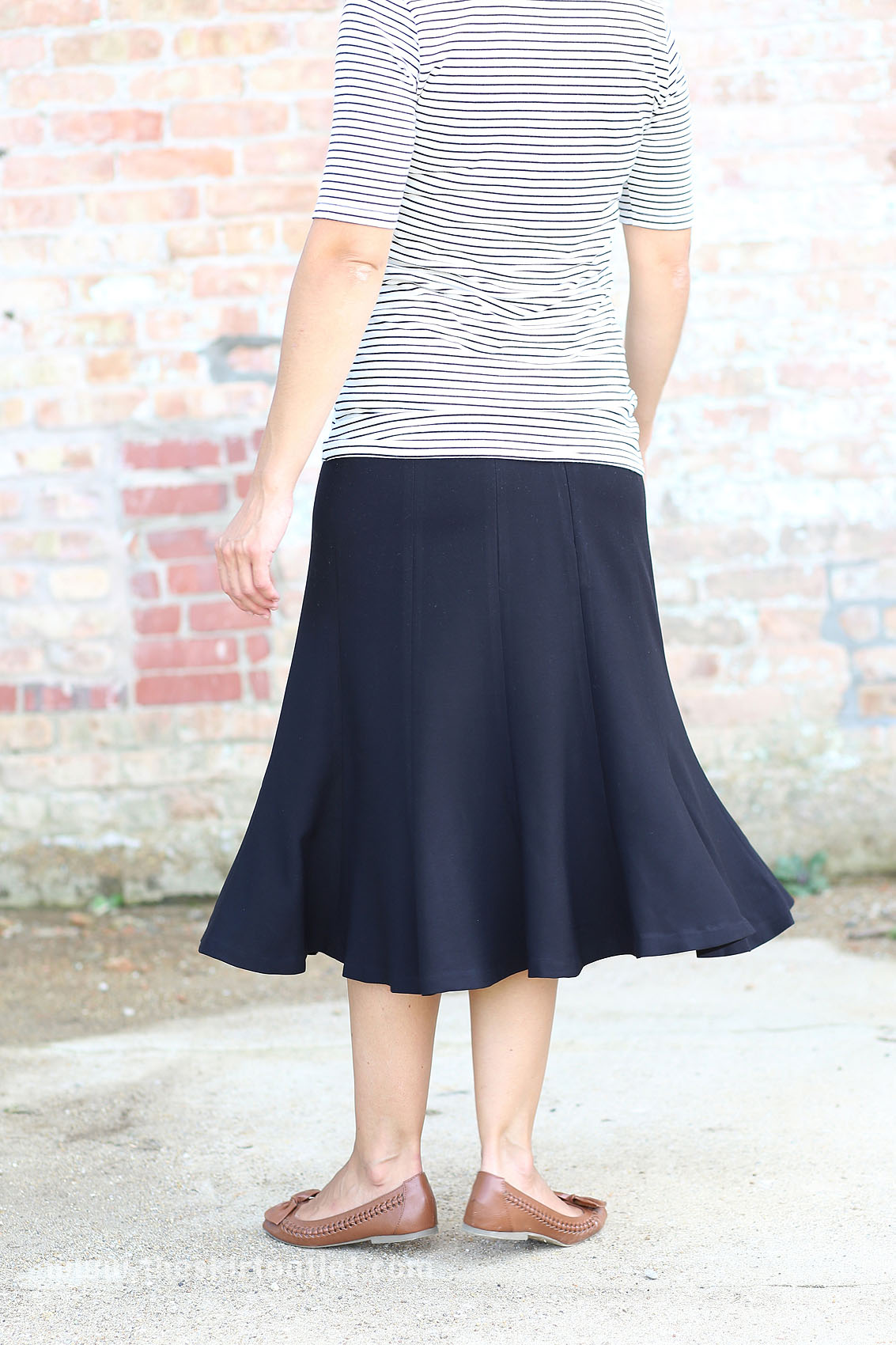plus size below the knee skirt black tea calf
