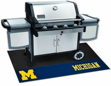 Michigan Wolverines 26x42 Grill Mat