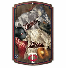 Minnesota Twins Wood Sign w/ Throwback Jersey