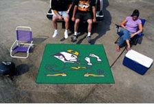 Notre Dame Fighting Irish 5'x6' Logo Tailgater Floor Mat