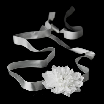 Belt with Pearl Centered Flower Clip 402