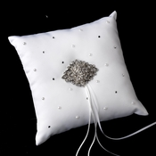 Ring Pillow 92 with Vintage Leaf Brooch 14