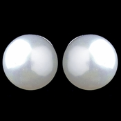 Small Pearl Stud Earrings 8849