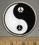 3760 N - Yin And Yang With Peace Signs - Embroidery Patch