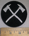 4213 CP -Crossed  Silver Firefighter Axes - Round - Embroidery Patch