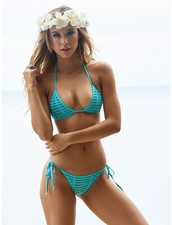 Beach Bunny  Hard Summer Bikini in Aqua