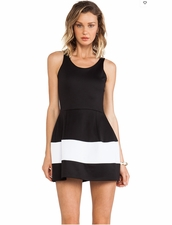 BOULEE Marilyn N/S Dress in Techno Black/White