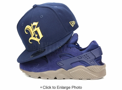 Disney Beauty and the Beast Logo Collegiate Navy Metallic Gold New Era Snapback