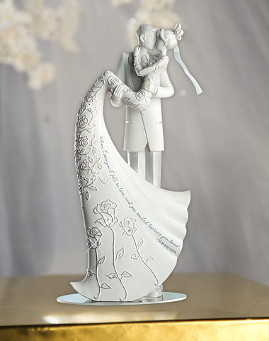 Wedding Cake Topper 'Kiss'