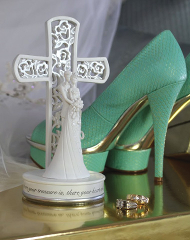 Wedding Cross & Couple Topper