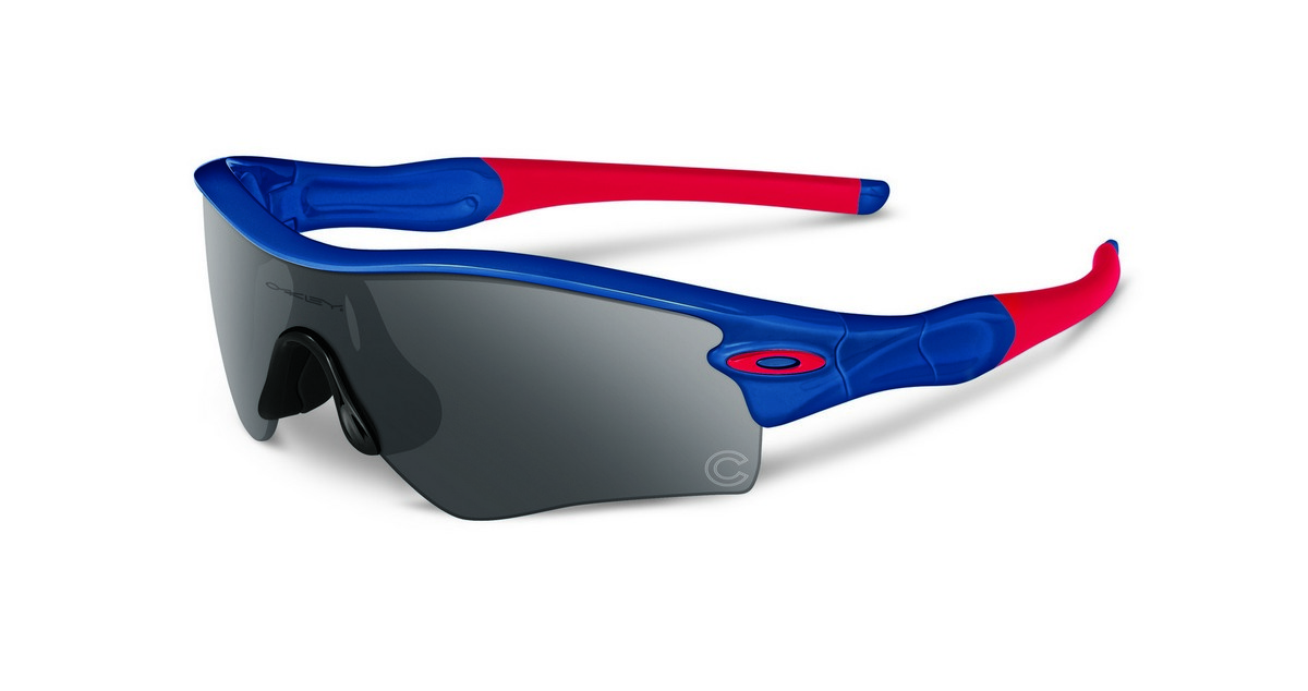 oakley canada  Canada Oakley - Ficts