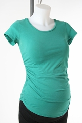 Green Maternity T-shirt by A Pea in the Pod - Size Extra Small
