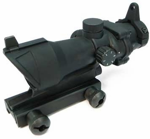 1x32 Red/Green Dot Sight with Integrated Weaver Rail and Iron Sights