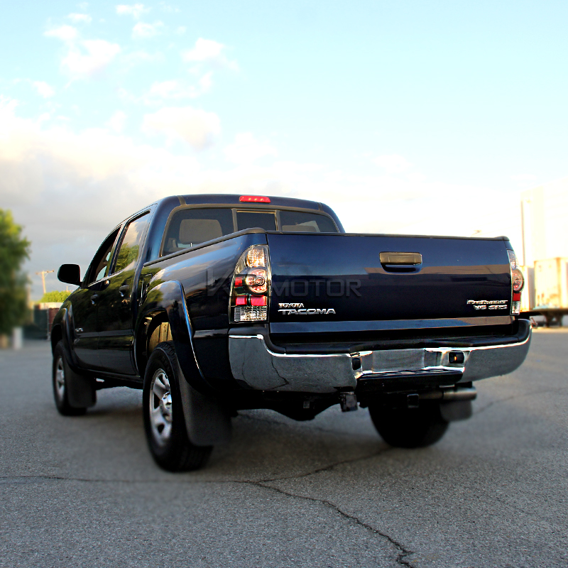 2005 2012 toyota tacoma led tail lights black. Black Bedroom Furniture Sets. Home Design Ideas