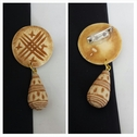 1 piece 2 tone tan circular african design pin 31 mm.