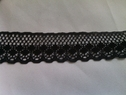 1 yard black scalloped delicate polly lace trim 1 inch L9-3