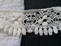 Off white scalloped Venice Venise  trim 2 1/2 inch