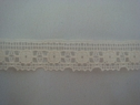 1Y Cream Scalloped Lace Trim 1/2 W L6-7