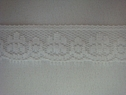 1Y Narrow White Floral Scalloped Lace Trim 5/8 W L6-6