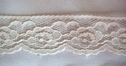 1Y Off-White Floral Scalloped Lace Trim 1 3/8 W l6-7
