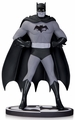 Batman Black & White Statue By Dick Sprang pre-order