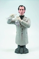 Hammer Peter Cushing As Doc Frankenstein Maxi Bust pre-order