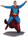 Superman The Man Of Steel Statue By Gary Frank pre-order