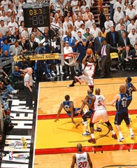 2006 NBA Finals Miami Heat Game 5 Wade Game Tying Shot  8x10 Photo