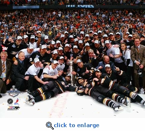 2007 Stanley Cup Anaheim Ducks Team Celebration 8x10 Photo