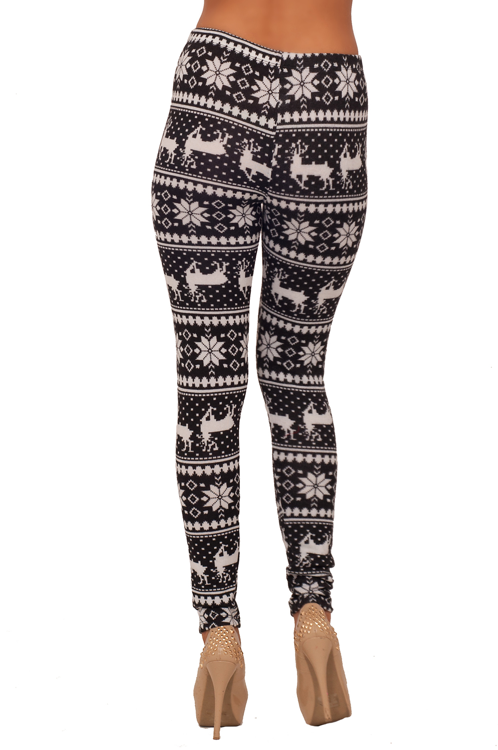 A musical skull print adds a moody twist to the same tummy-smoothing leggings you know and love.
