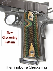Herringbone Checkered 1911