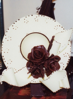 CHOCOLATE CENTERPIECE