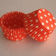 ORANGE POLKA DOT CUPCAKE LINER
