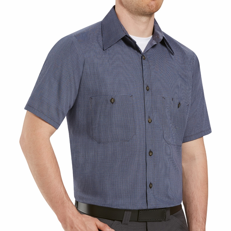 Long sleeve work shirts are ideal for office workwear purposes, as well as catering and other corporate events. Available in a variety of colours and weights, featuring button up fronts and pockets for storing lightweight items.