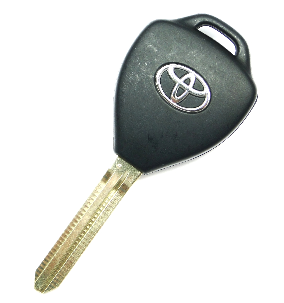 2011 Toyota Camry Remote Key Dot On Key Blade