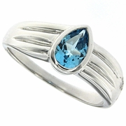 0.61ctw Swiss Blue Topaz Ring in Sterling Silver