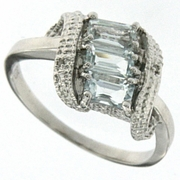 0.81ctw Aquamarine and Diamond Ring in Sterling Silver