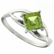 1.11ctw Peridot Ring in Sterling Silver