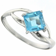 1.45ctw Swiss Blue Topaz Ring in Sterling Silver
