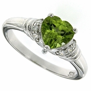1.40ctw Peridot Ring in Sterling Silver