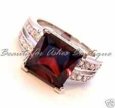 CENTER STAGE DESIGN GARNET and CLEAR CUBIC ZIRCONIA RING