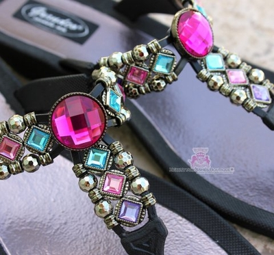 Grandco Pink Multi Color Bohemian Jeweled Black Sandals Size 9