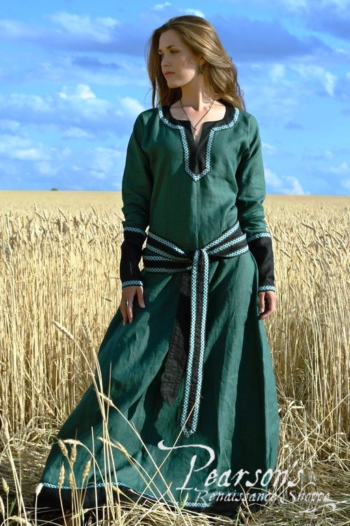 how to make a medieval tunic dress