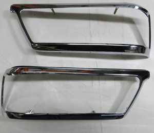 pair of tail light chrome bezels for mercedes W112 280se w111 3.5 coupe convertible
