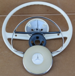 Restored Steering wheel with Used Horn Pad 220se 230sl 63 64 65 66 67