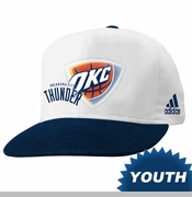Oklahoma City Thunder adidas Youth On-Court Ball Boy Snapback Cap - White