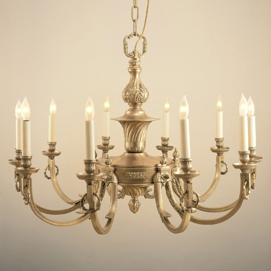 JVI Designs 570 Traditional 32 Inch Diameter 10 Candle