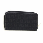 Fendi Women's Zippered Wallet 8M0024