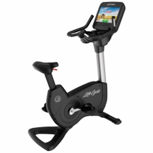 Life Fitness Platinum Club Series Upright Bike with Discover SE Tablet Console