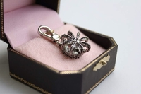 JUICY COUTURE CROWN WITH J INSERT SILVER CHARM WITH BOX RETIRED